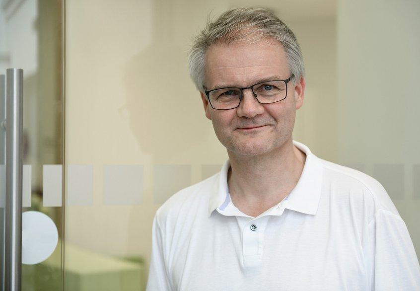 Dr. Carsten Göttsch